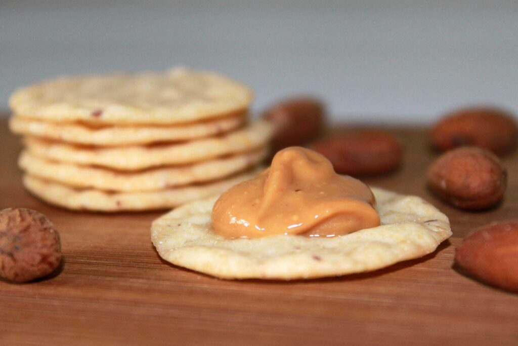 Almond Nut Thins - Nut & Rice Crackers