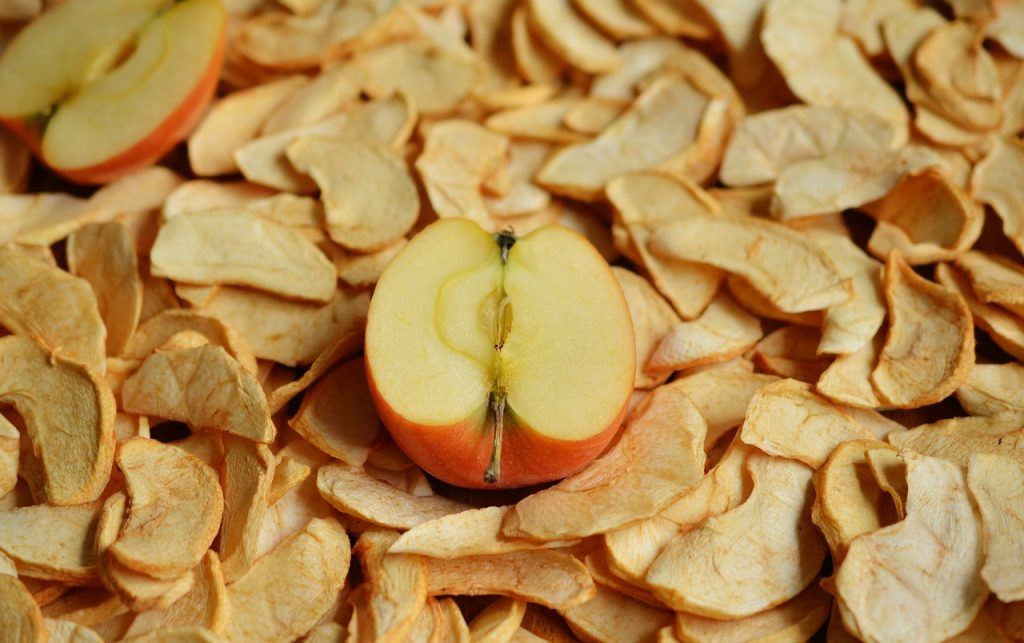 calories in apple chips